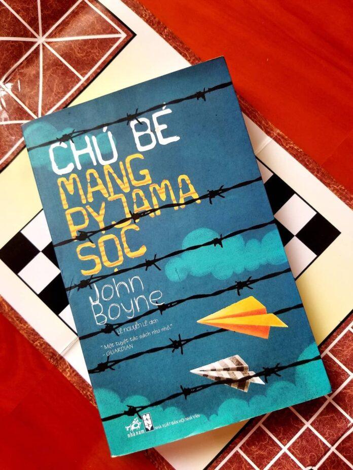 Review sách Chú Bé mang Pyjama sọc